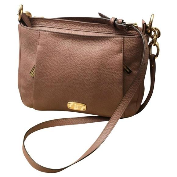 4c0b968aedf1 Michael Kors Hallie MD Messenger Crossbody bag